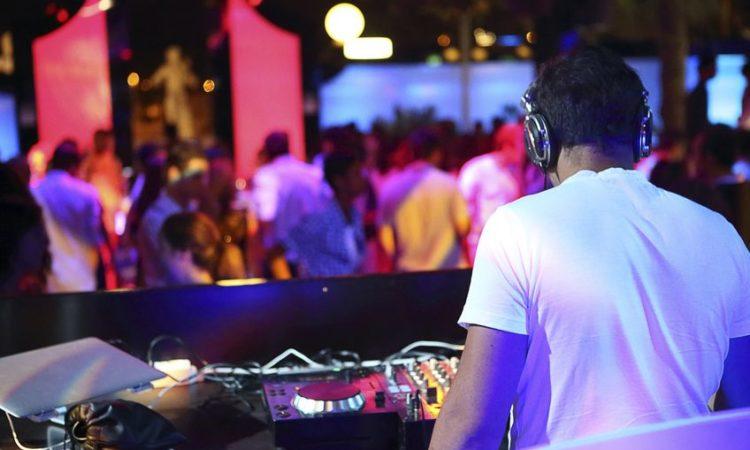 Rendelj profi DJ-t rendezvényre!